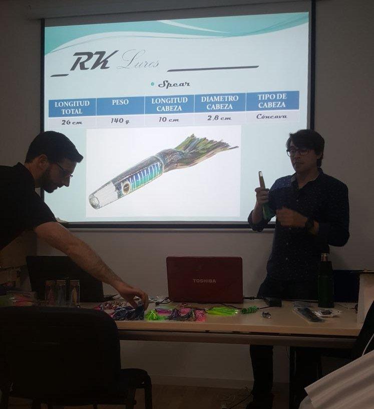 Curro Rodriguez hablando sobre el modelo Spear.